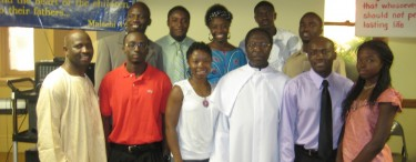 ECWA Chicago Youth and pastors in 2009